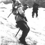 На ледовых занятиях под наблюдением инструктора